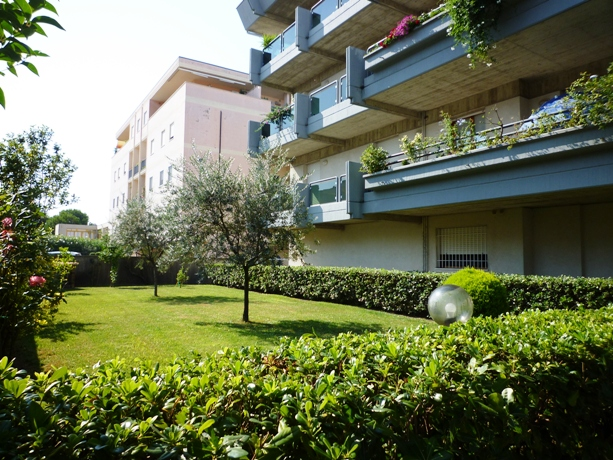 klp231 Appartamento con posto auto assegnato