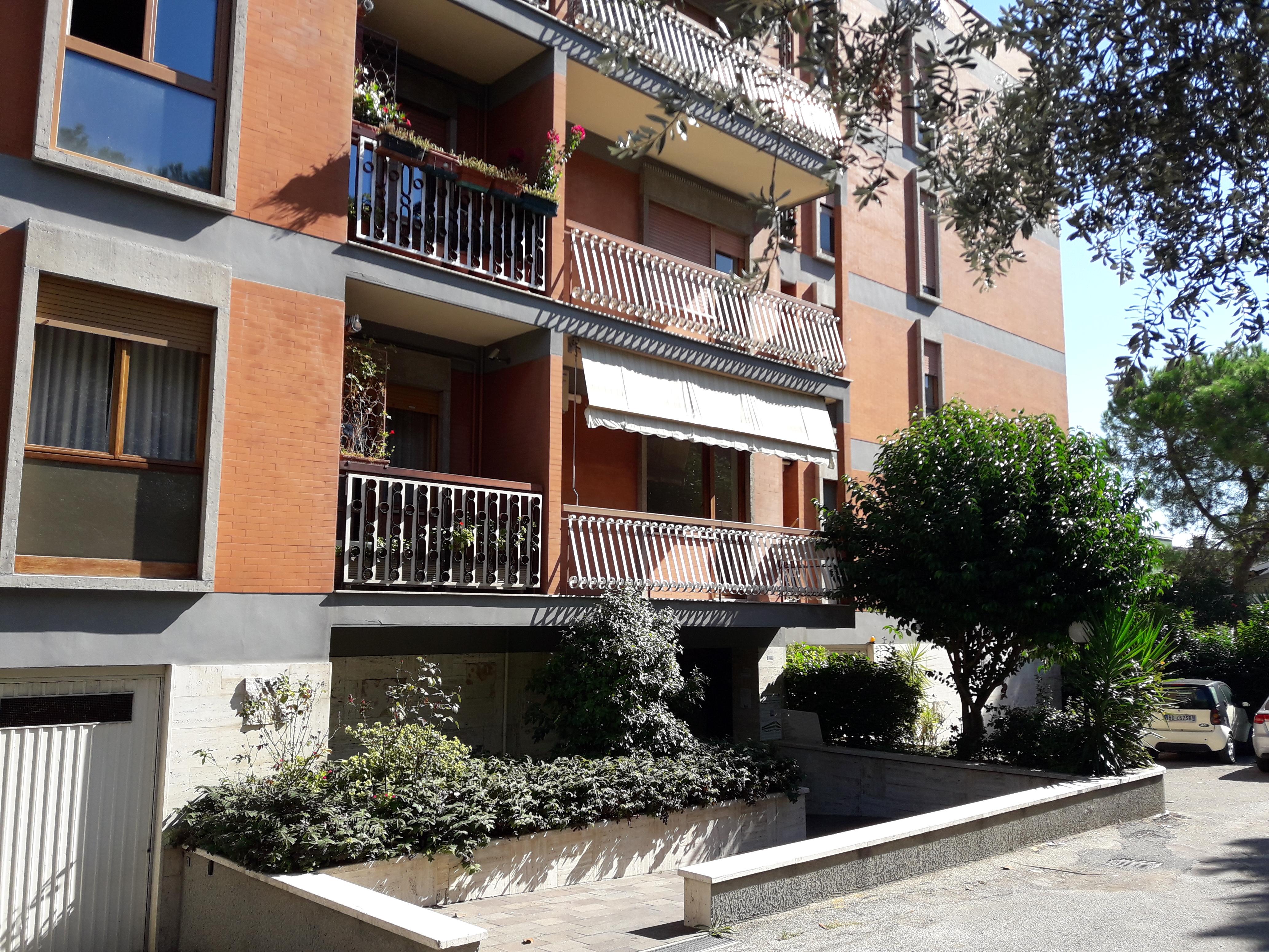 klp232 Ampio appartamento in residence – Agenzia Consulting
