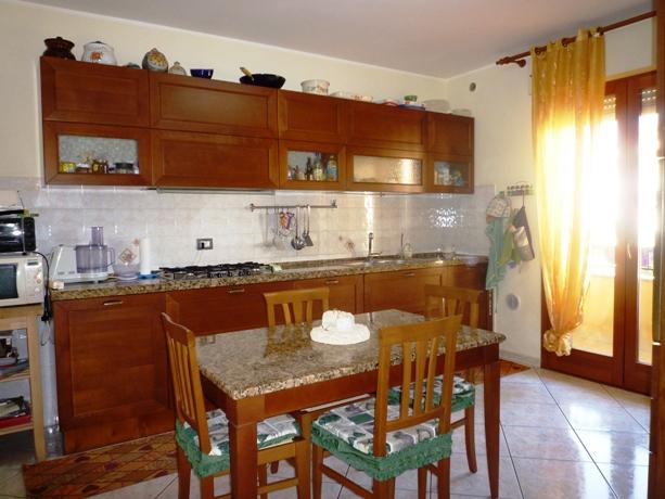 klp239 Appartamento su due livelli con Vista Mare e garage