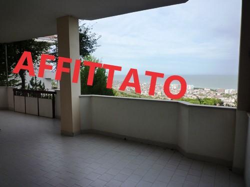 klp259 Appartamento con Vista Mare e giardino privato